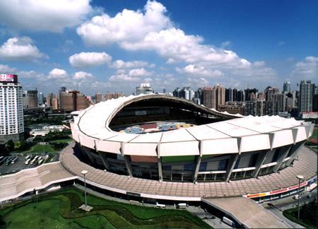 """上海:""""螺蛳壳""""里挤出体育场馆"""